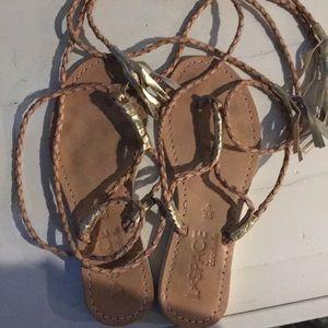 Laspace by cocobelle sandal size 6/36